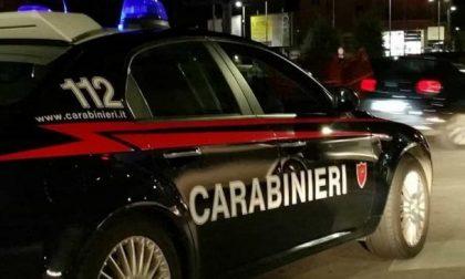 Le rubano la macchina e va a denunciarne il furto. L'estorsore la chiama mentre è in Caserma. Carabiniere riconosce la voce: 42enne arrestato