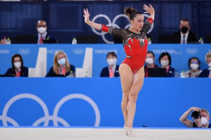 Tokio 2020, Vanessa Ferrari infinita: argento nel corpo libero a 30 anni