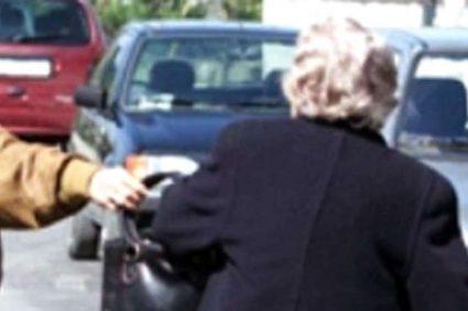 Specializzata in furti con destrezza. Abbracciava gli anziani e li ripuliva dei monili. Arrestata a Caserta dopo aver operato in mezza Italia