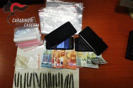 Marcianise. Trentenne arrestato dai Carabinieri, presso la propria abitazione, per detenzione ai fini di spaccio di sostanze stupefacenti